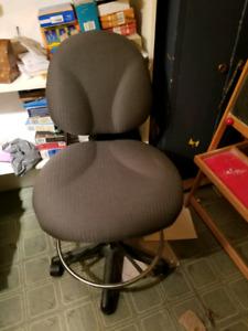 Chaise de dessinateur
