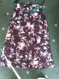 New Marks & Spencer Brown floral skirt