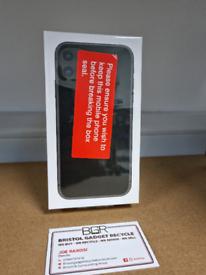 BRAND NEW Apple iPhone 11 Black 128GB Unlocked + 12 Months Warranty