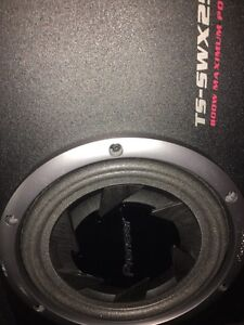 """Pioneer 10"""" Subwoofer Sub Box And FREE Amp"""