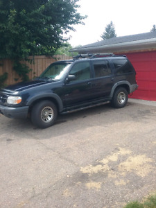 1999 ford explorer XLS