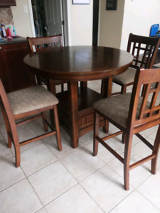 High top table & chairs set