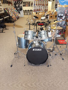 Tama Stagestar Kit with Hardware and Cymbals