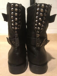 Women's GUESS Leather Boots Size 8.5 London Ontario image 3