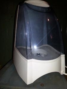 Honeywell quicksteam humidifier (3 gallon)