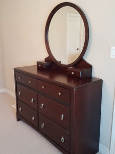 Leons Dresser and Two Night Stands (Chocolate color)