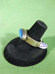 Vintage heavy set Sterling Silver ring with real Fire Opal. Gatineau Ottawa / Gatineau Area image 2