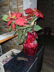 poinsettias artificiel en pot