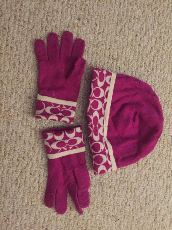 Authentic Pink Coach Hat And Gloves Set