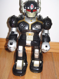 HIGHLY COLLECTABLE ROBOT
