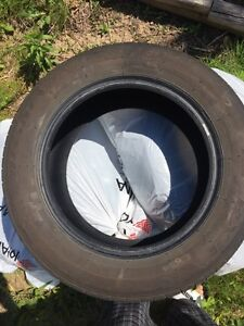 4 great shaped all season tires, size 215/60R16