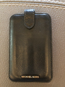 Leather Case from Michael KORS for iPhone