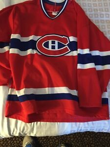 Like new Montreal Canadiens jersey large