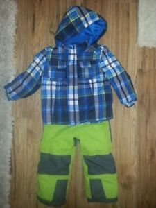 winter coat and snowpants size 4
