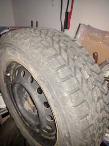 4 -winter tires, size 225/60/16,5 bolt pattern(5×114.3) with new