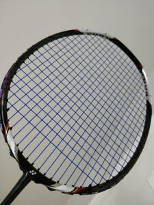 Yonex Voltric 70 Great Condition with BG65 TI 25lbs strung on