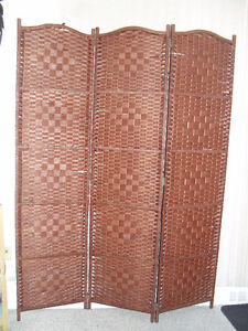 Privacy 3 pannel divider