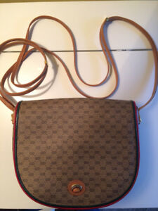GUCCI purse- Vintage and Fabulous!