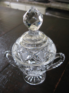Handcut Crystal Creamer and Covered Sugar - Pinwheel