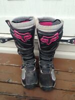 Pink Lady's fox dirt bike boots