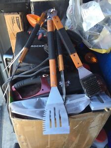 Kit accessoires barbecue 5 pcs West Island Greater Montréal image 3