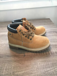 Multi Item:  quality and gently used footwear & clothing