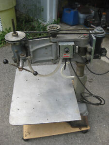 Articulating Arm Variable Speed Tapping Drill Press