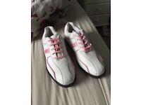 Ladies Slazenger size 6 golf shoes