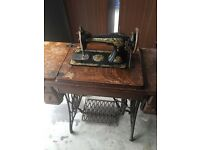 Vintage treadle Singer sewing machine c1915