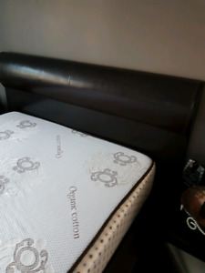 Bombay Queen bed with mattress and spring box and night table