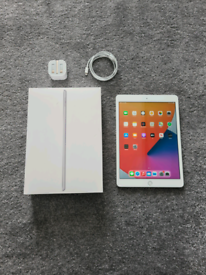 3 Month Old Ipad 8th Generation 10.2 32GB WiFi I Pad Eight 8 Warranty