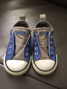 Blue/gray Converse All Star shoes toddler size 5!