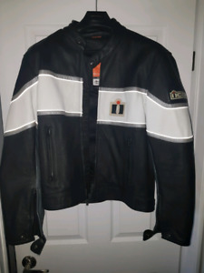 Icon motorcycle leathrr jacket barely used
