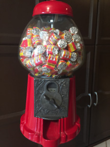Old fashion gum ball machine