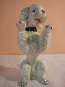 Herend porcelain hand painted poodle dog figurine Hungary