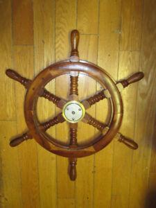 Tres belle roue de bateau