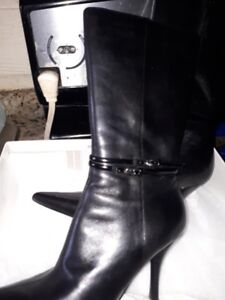 NINEWEST BLACK LEATHER BOOTS