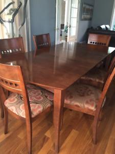 Table de cuisine en bois Bermex avec 1 rallonge et 6 chaises