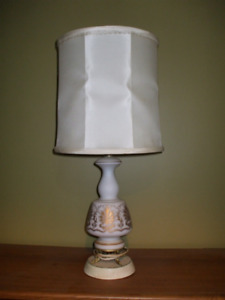 28 inch White Ceramic Lamp with Shade