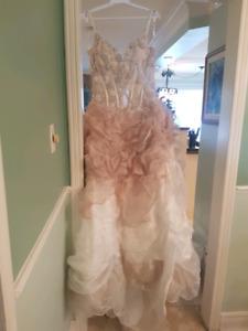 Kelly Star Wedding dress