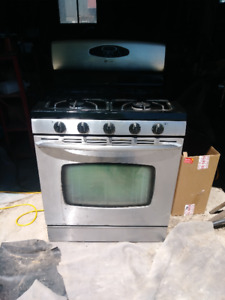 FOR SALE MAYTAG STAINLESS STEEL STOVE Gas/Propane