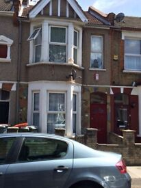 3 bed hosue with 2 reception available