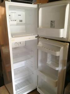 LG REFRIGERATOR & Freezer Highton Geelong City Preview