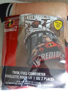 Twin/Full Comforter(New)