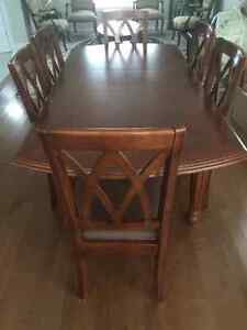 Table salle a manger avec 6 chaise/ Dining tableset with 6 chair West Island Greater Montréal image 4