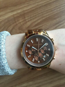 Michael Kors Watch - near perfect condition!