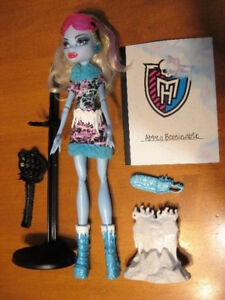 MONSTER HIGH DOLLS ABBEY BOMINABLE AND FRANKIE