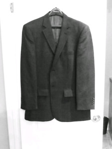 Sport Coat - Alfred Sung - size 42R-like new