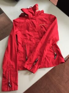 Manteau Bench sport rouge XS à vendre