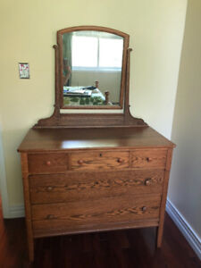Antique dresser with mirror and locking drawer/key